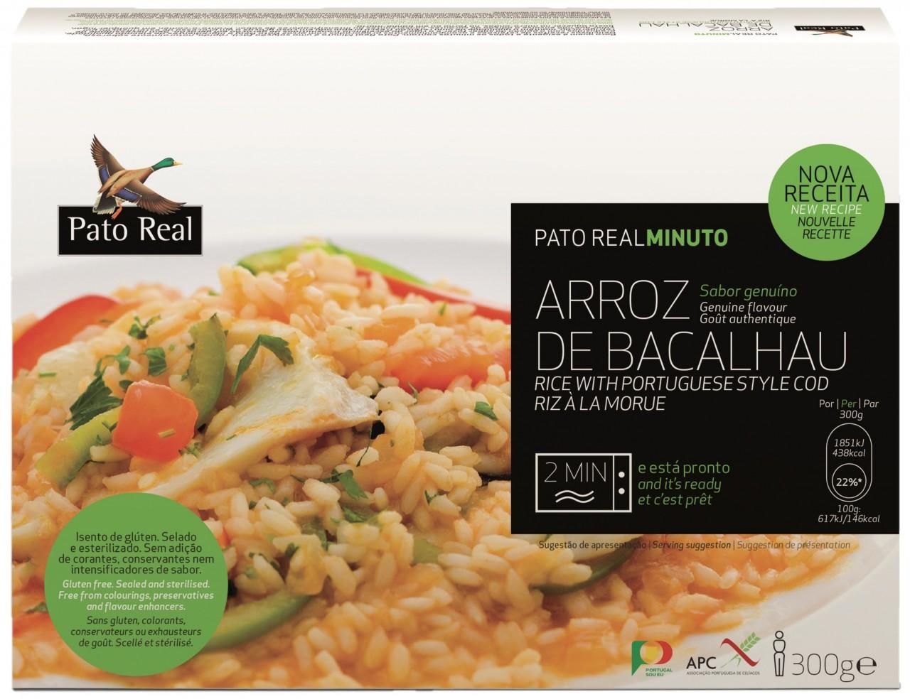 Reis mit Stockfisch, Paprika und Oliven in Tomatensoße - Arroz de Bacalhau